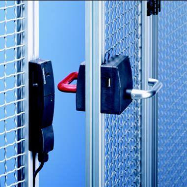 Maschinen-Sicherheitstechnik: Schutztür öffnet nur nach vollständigem Stillstand der Anlage