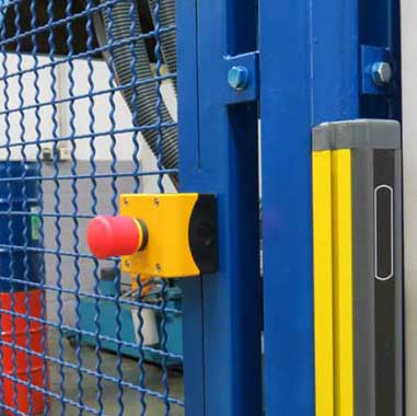 Machine Safety Engineering: Emergency-Stop and safety light barrier